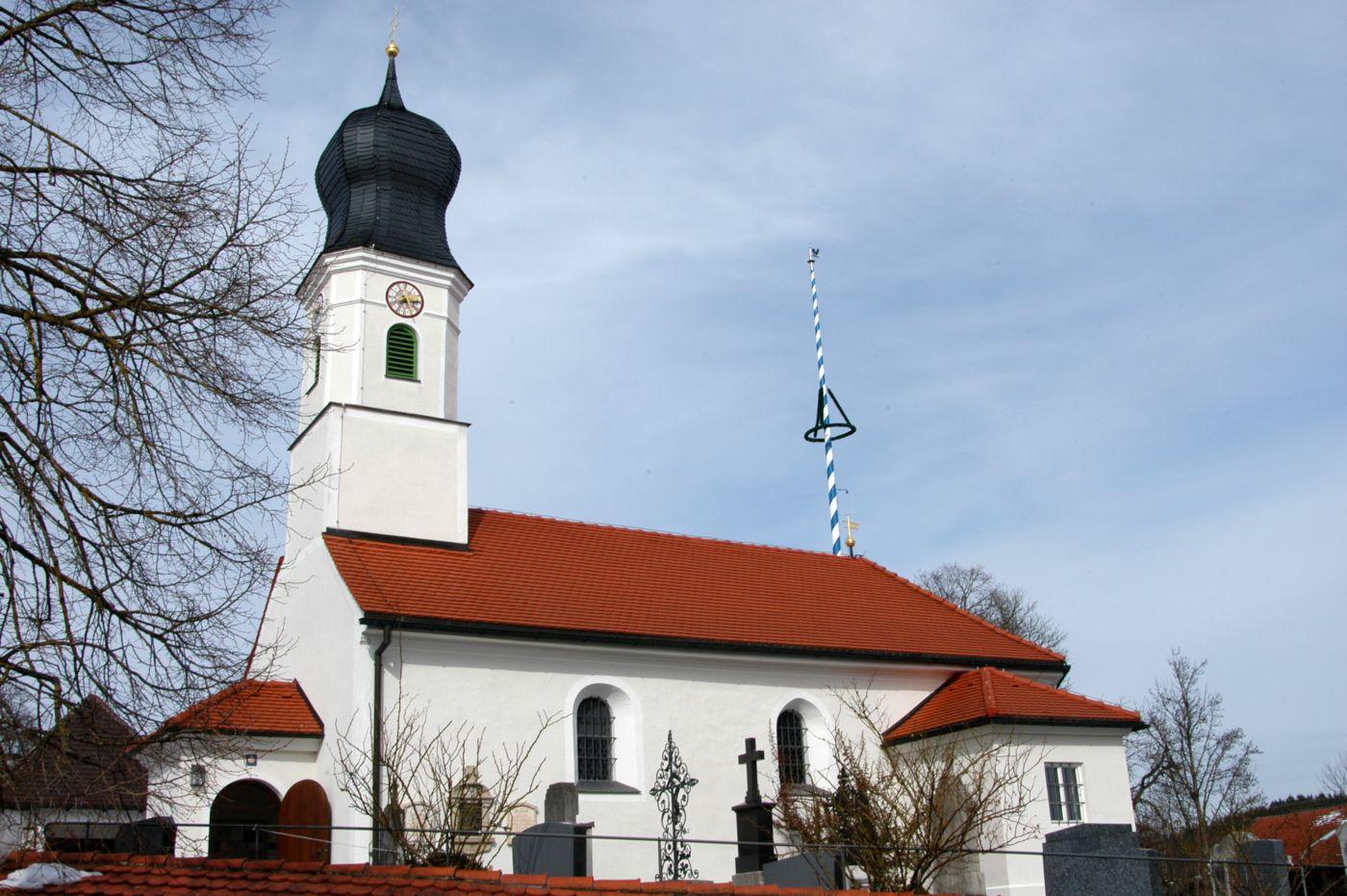 Kirche Schäftlarn OT Neufahrn